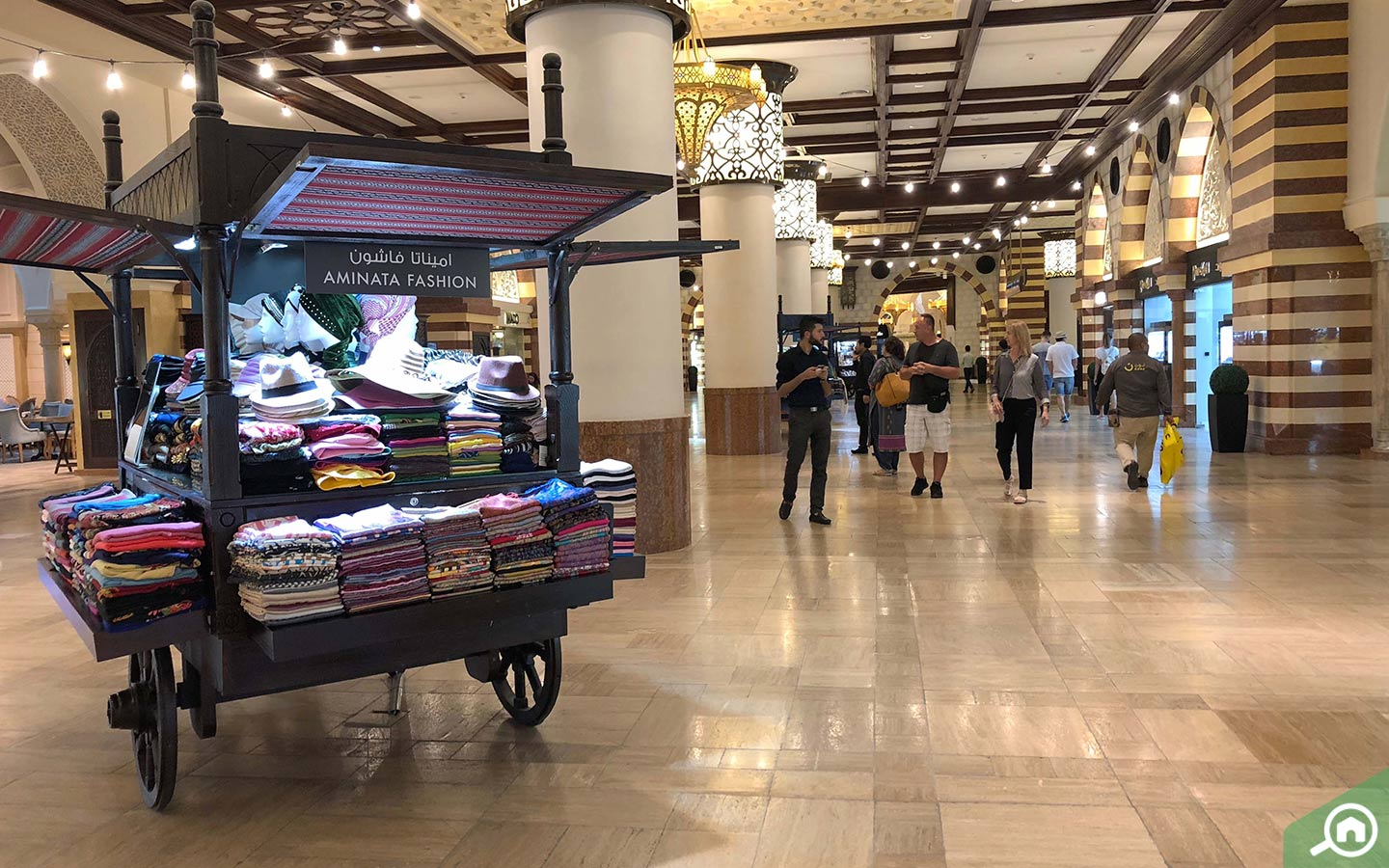 Kiosk at the souk in dubai mall