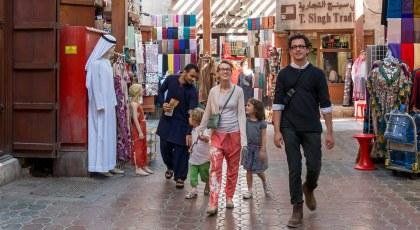 الاسواق الشعبية في دبي