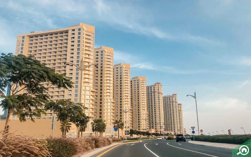 أبنية سكنية في مدينة دبي للانتاج