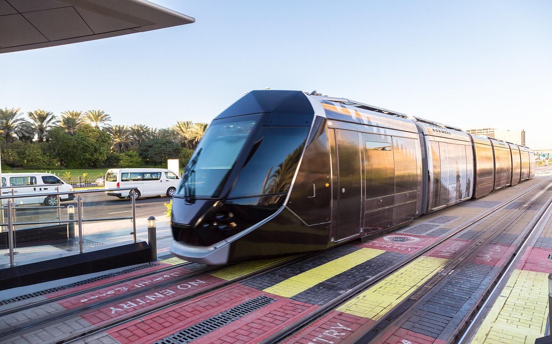 Dubai Tram infograph