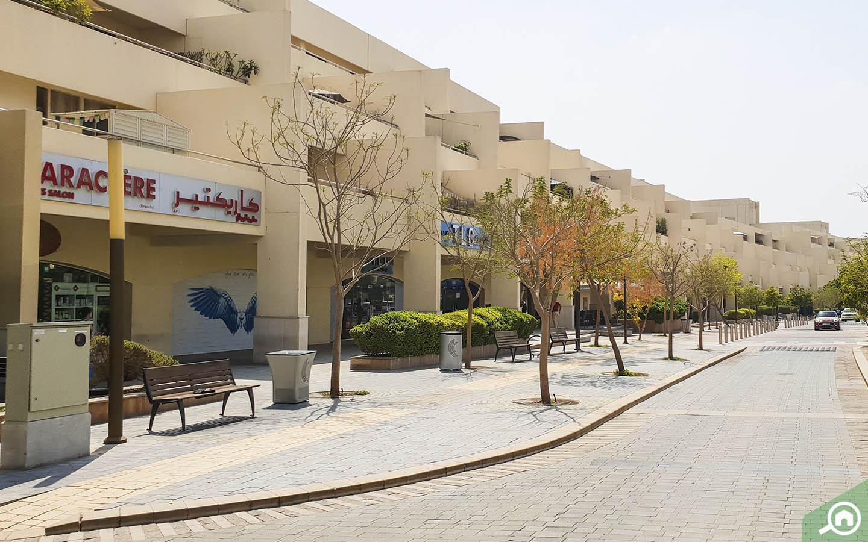 مراكز منطقة موتور سيتي دبي التجارية