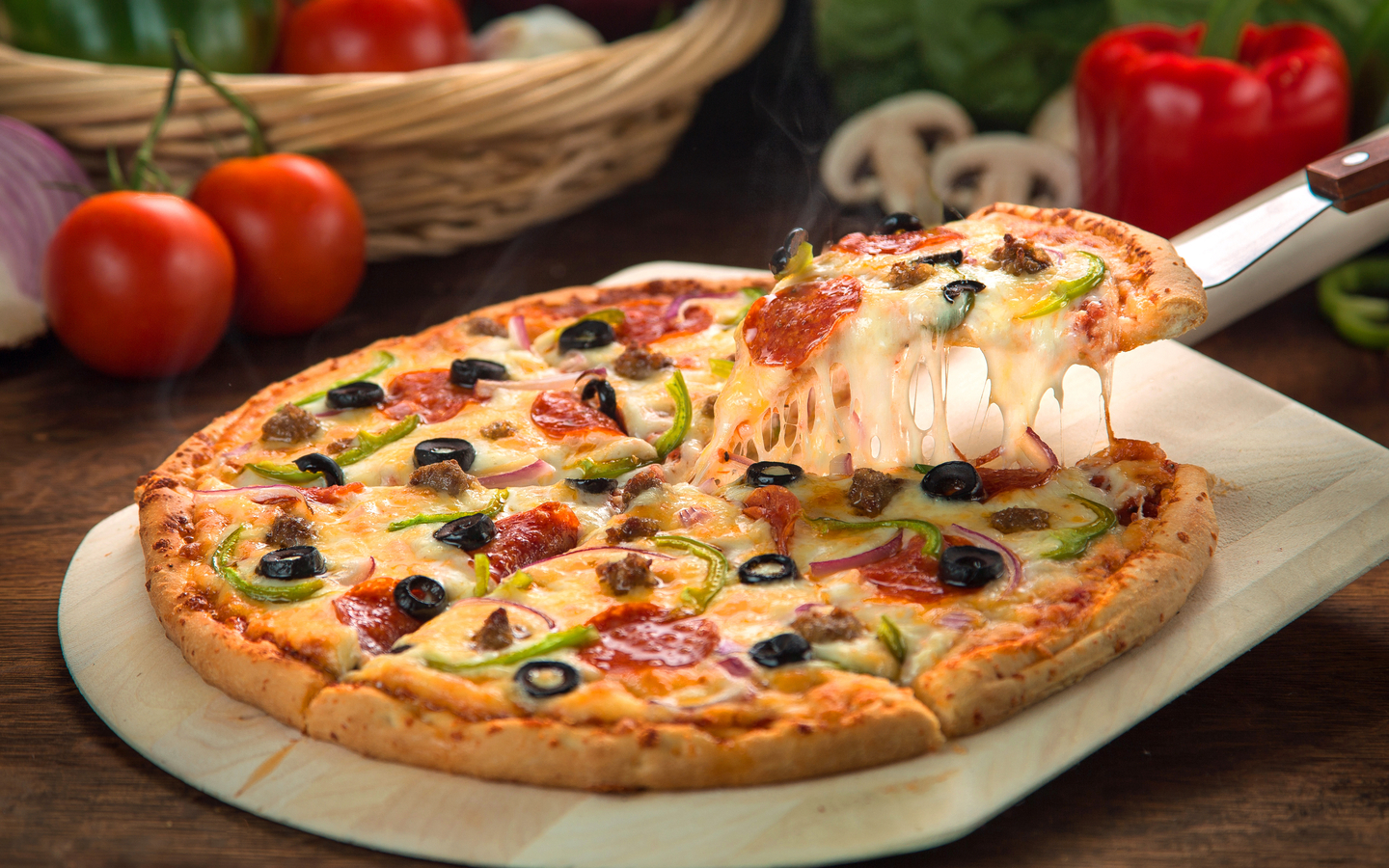 Eataly offers delicious and mouth-watering pizzas in town