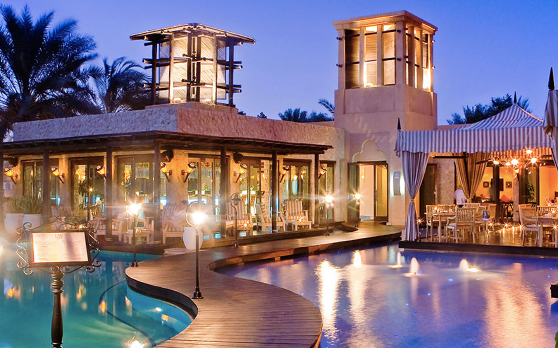 Eauzone Restaurant in Dubai Marina