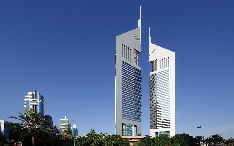 Dubai twin skycrapers