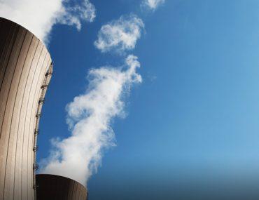 أبراج تبريد لمحطة طاقة نووية