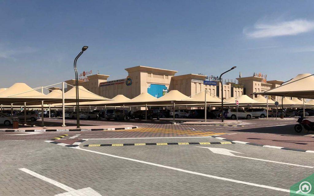 Etihad Mall Dubai parking
