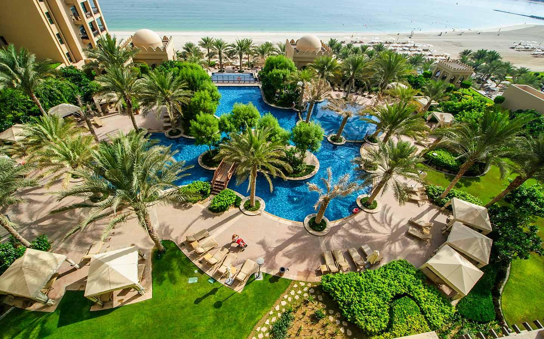 Fairmont Hotel in Palm Jumeirah