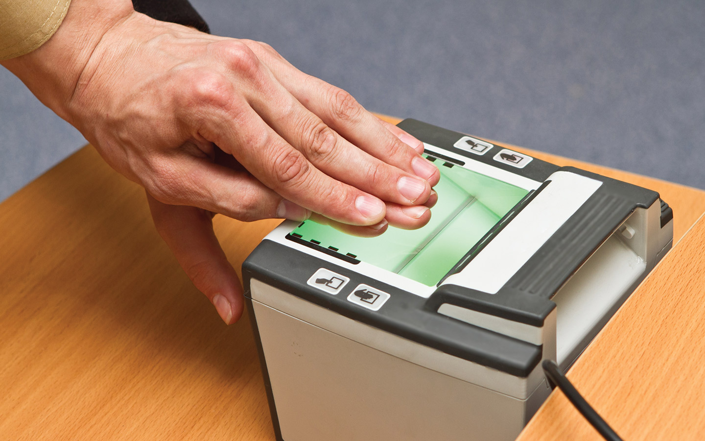 Fingerprint scanning for Emirates ID replacement