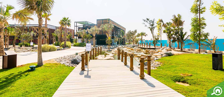 La Mer Dubai beach
