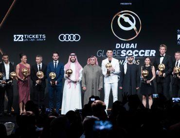 صورة تجمع الفائزين في جوائز جلوب سوكر 2019