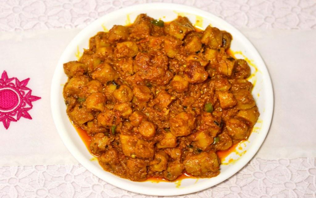 مانفار هو مطعم هندي الكرامة دبي