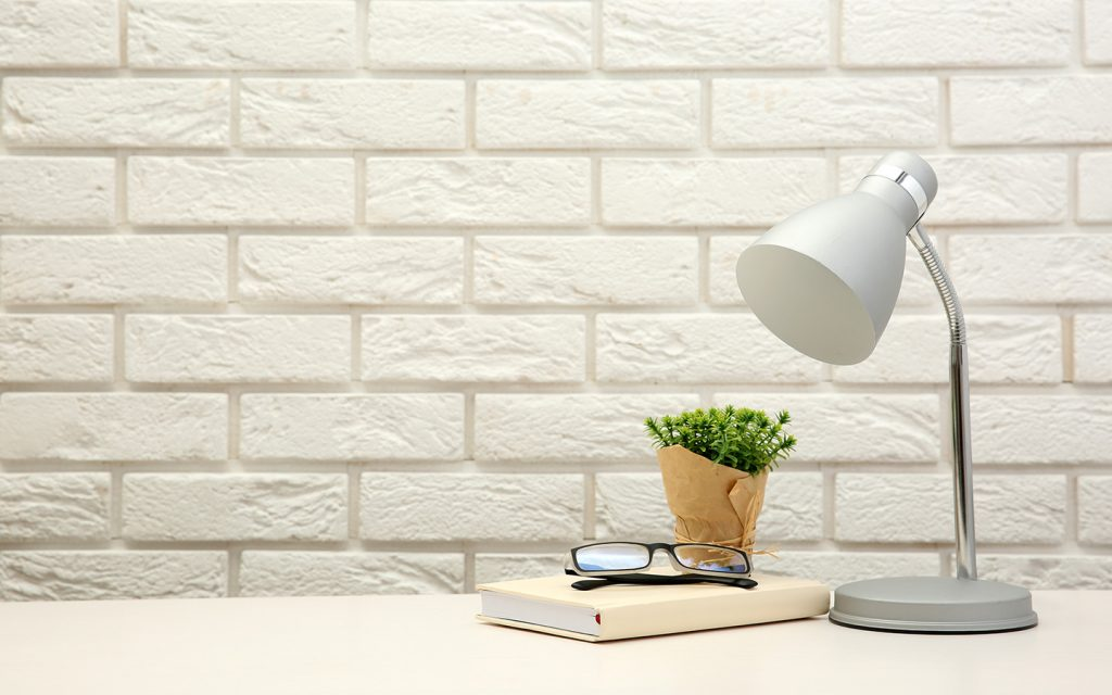 إضاءة مكتب