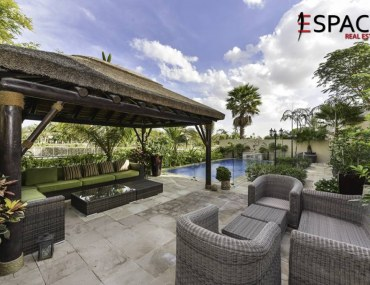 Beautiful 5-Bedroom Villa for Sale in the Meadows 7 Listed with Espace Real Estate