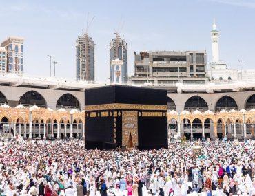 How to go to Hajj from Dubai