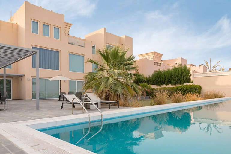 5-bedroom villa for sale in Al Hamra Village Ras Al Khaimah
