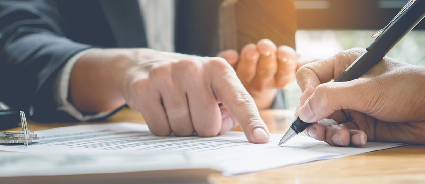 signing documents to close bank account in Dubai