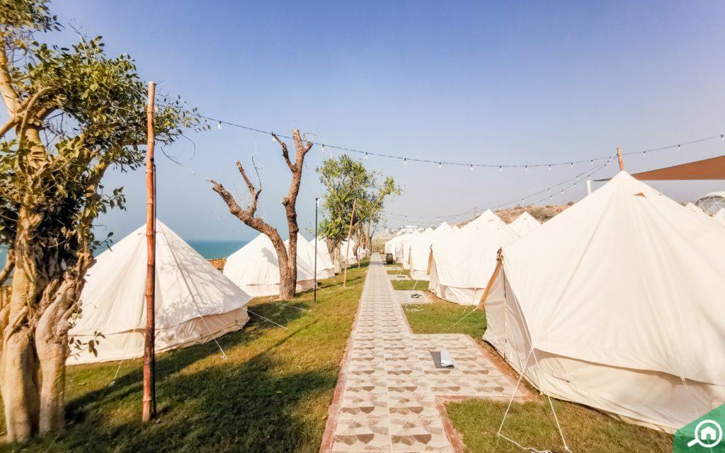 Authentic deluxe tents
