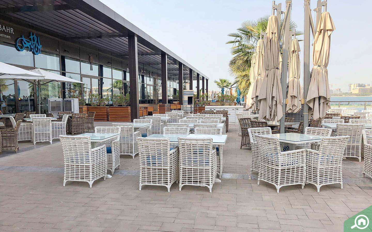 Outdoor view of one of the restaurants in Palm Jumeirah Ibn Al Bahr