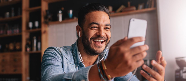Guide to Internet Calling Apps in the UAE: HIU, BOTIM & More