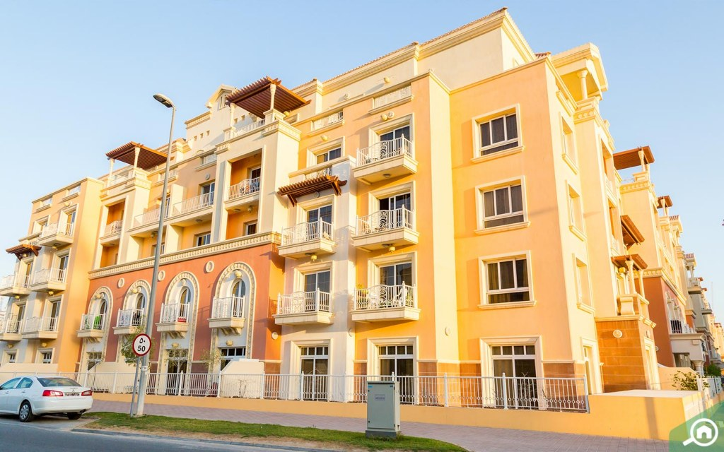 Building in JVC, one of the best areas to rent in Dubai based on salary, for AED 5k to AED 8k