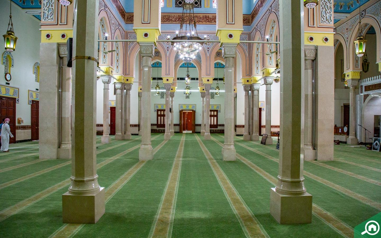 Jumeirah Mosque photos of main prayer hall