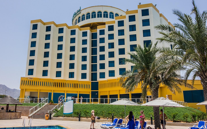 Outside view of Oceanic Hotel Khorfakkan