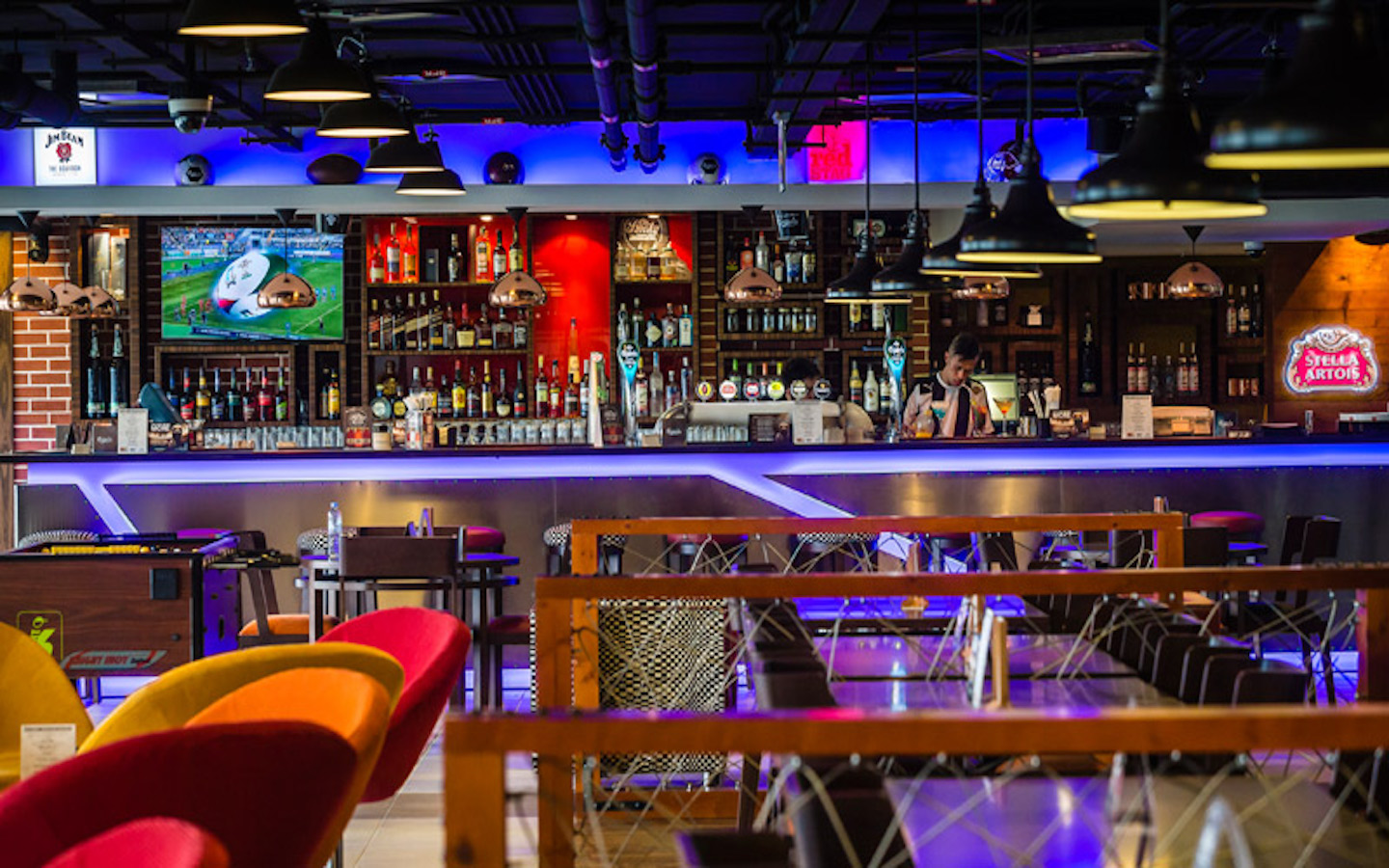 10 Best Sports Bars in Dubai with Happy Hour Deals - MyBayut