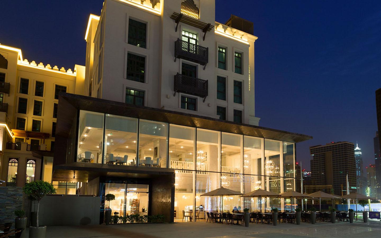 Exterior of La Serre restaurant