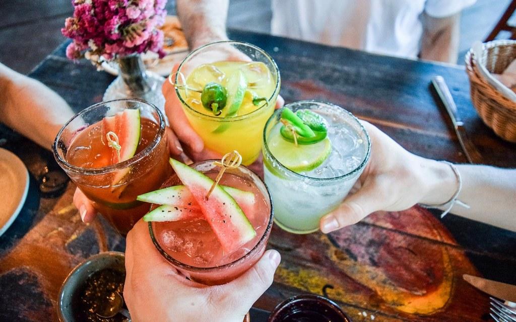 مشروبات ملونة