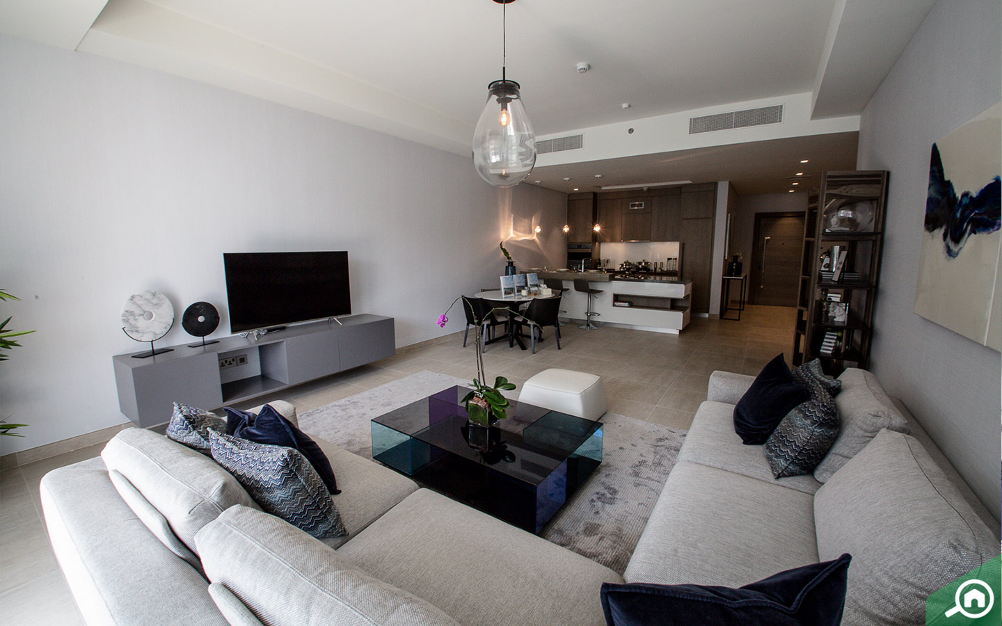 Living room of apartment for sale in Palm Jumeirah