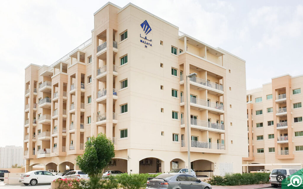 Mazaya building in Liwan