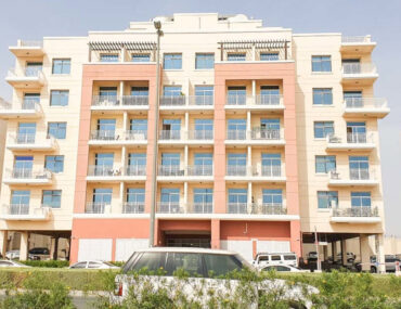 Buildings with apartments for sale in Liwan