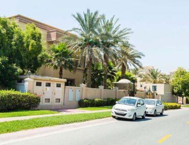 Emirates Hills luxury villa community in Dubai