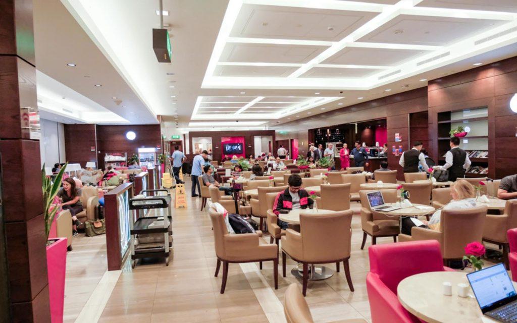 صالة استراحة في مطار دبي