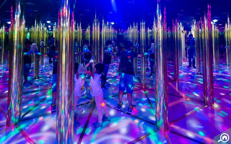 Mirror Maze at Dubai Dolphinarium