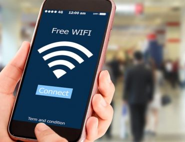 Mobile device connecting to a free wifi at Dubai Airport