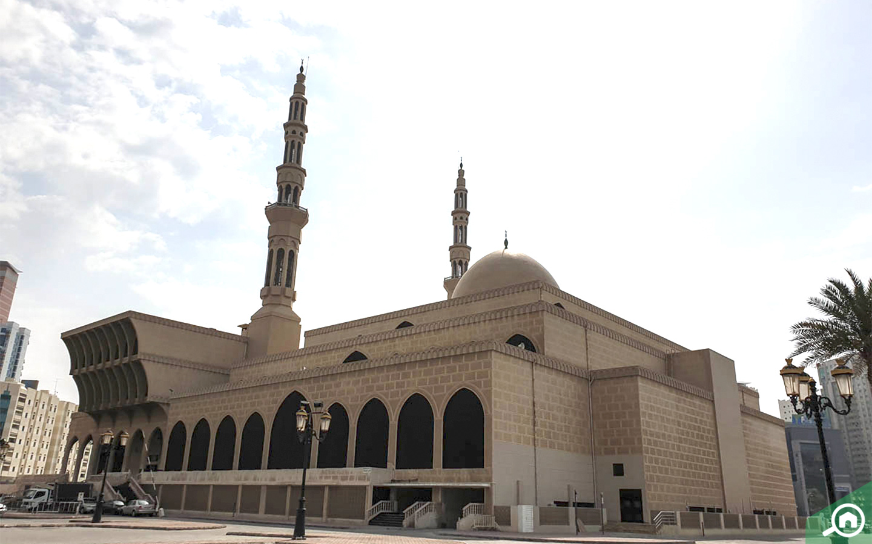 مسجد في منطقة القاسمية الشارقة