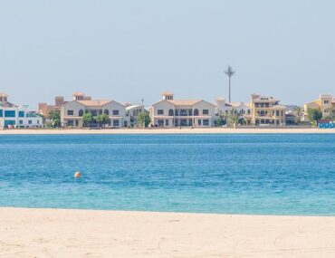 seafront villas in Palm Jumeirah