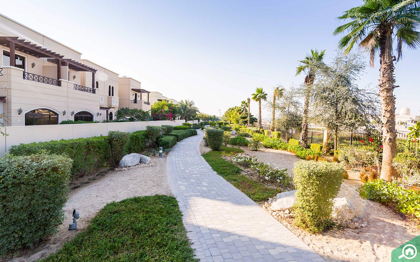 Street view of villas in Mudon, one of the Dubai residential areas near the Expo 2020 site