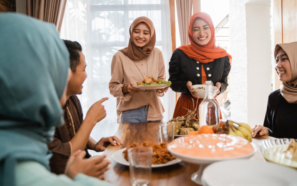 All About Eid Al Fitr In The UAE: Origin, Dates & More - MyBayut