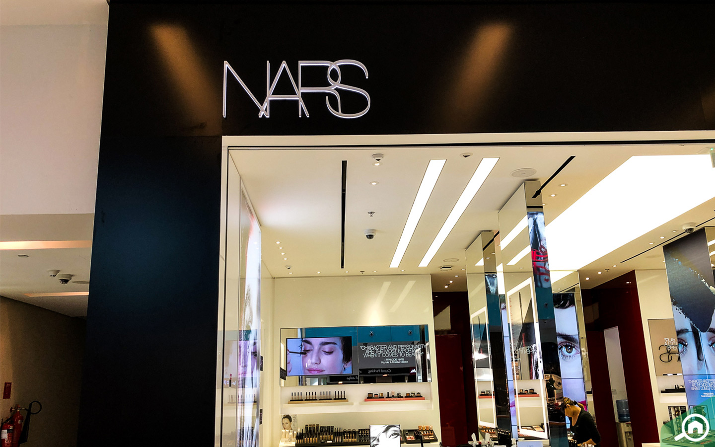 NARS store in Dubai Mall