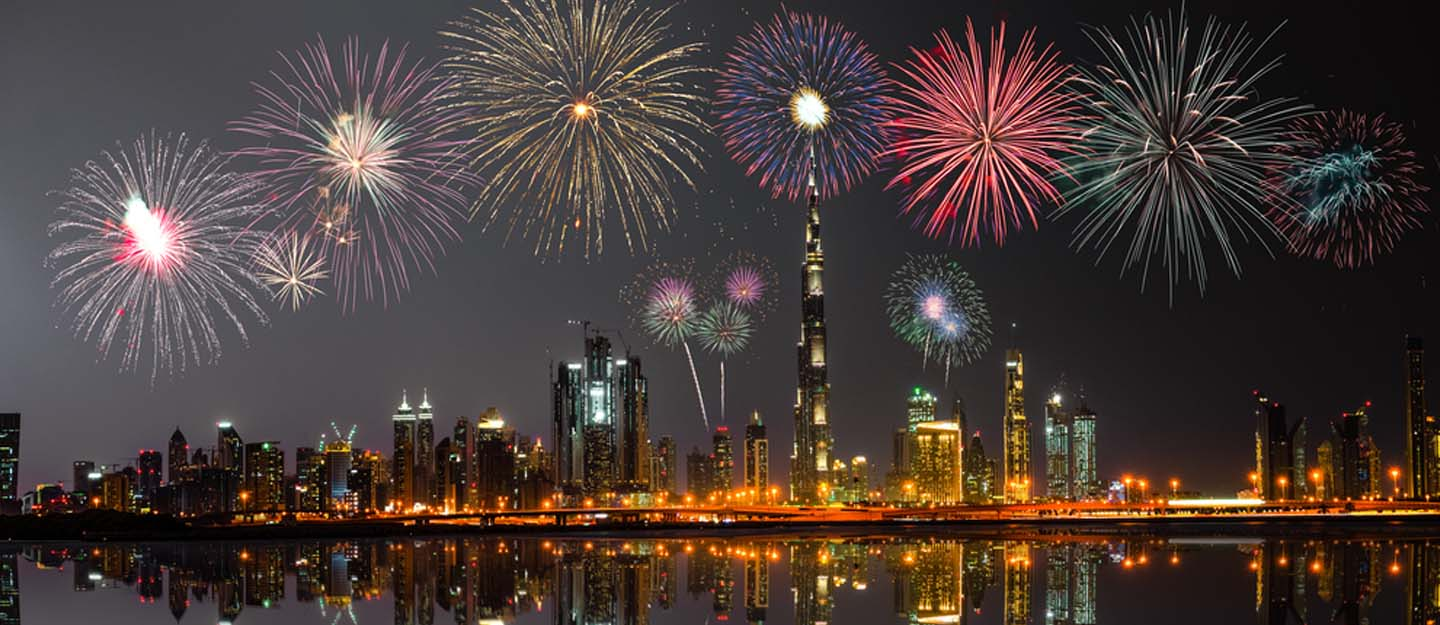 New Year fire works in Dubai