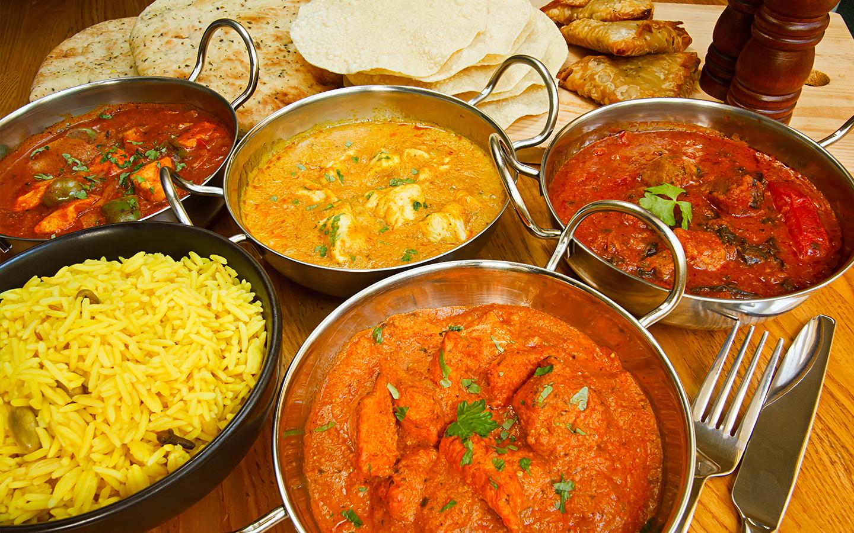 مائدة طعام هندي