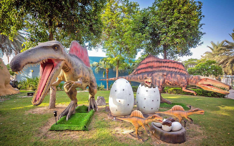 حديقة الديناصورات في دبي تنقلك إلى العصر الجوراسي ماي بيوت