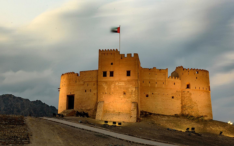 قلعة الفجيرة من الخارج