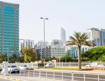 View of buildings and street in Al Khalidiyah
