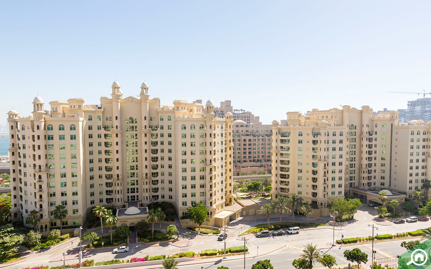 View of the Shoreline Apartments in Palm Jumeirah