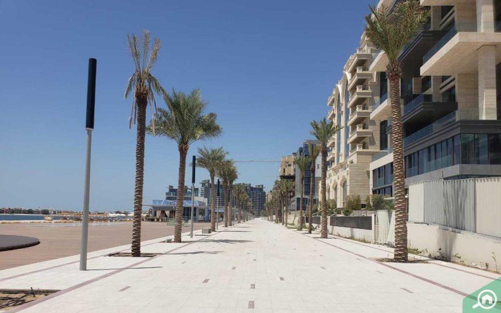 Palm Jumeirah waterside apartments