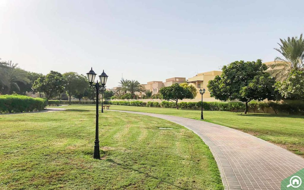 Park near the Meadows' luxury villas for rent in Dubai