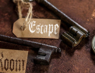 Keys and clues at an escape room at Phobia Dubia
